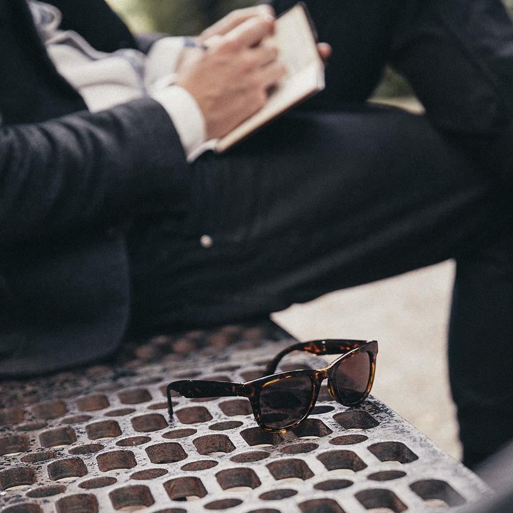 lunettes accessoires chemise