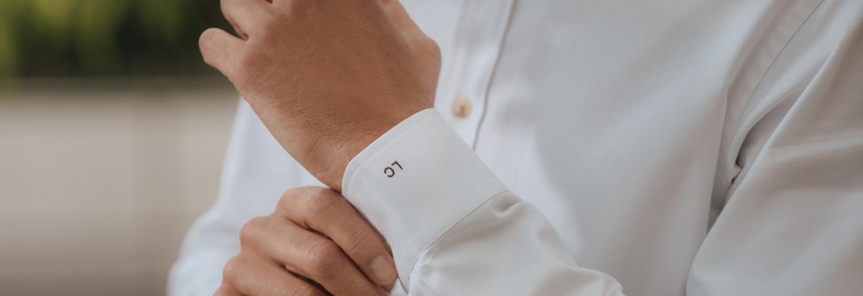chemise homme oxford blanc détails initiales