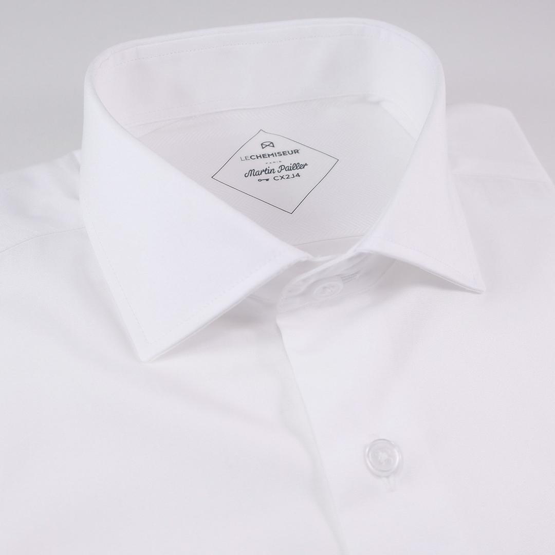 Le secret pour être élégant en costume noir, c est de rester sobre et  discret dans le choix de ses chemises. La plupart des couleurs s assortira  mais il est ... 2f0fca606a1