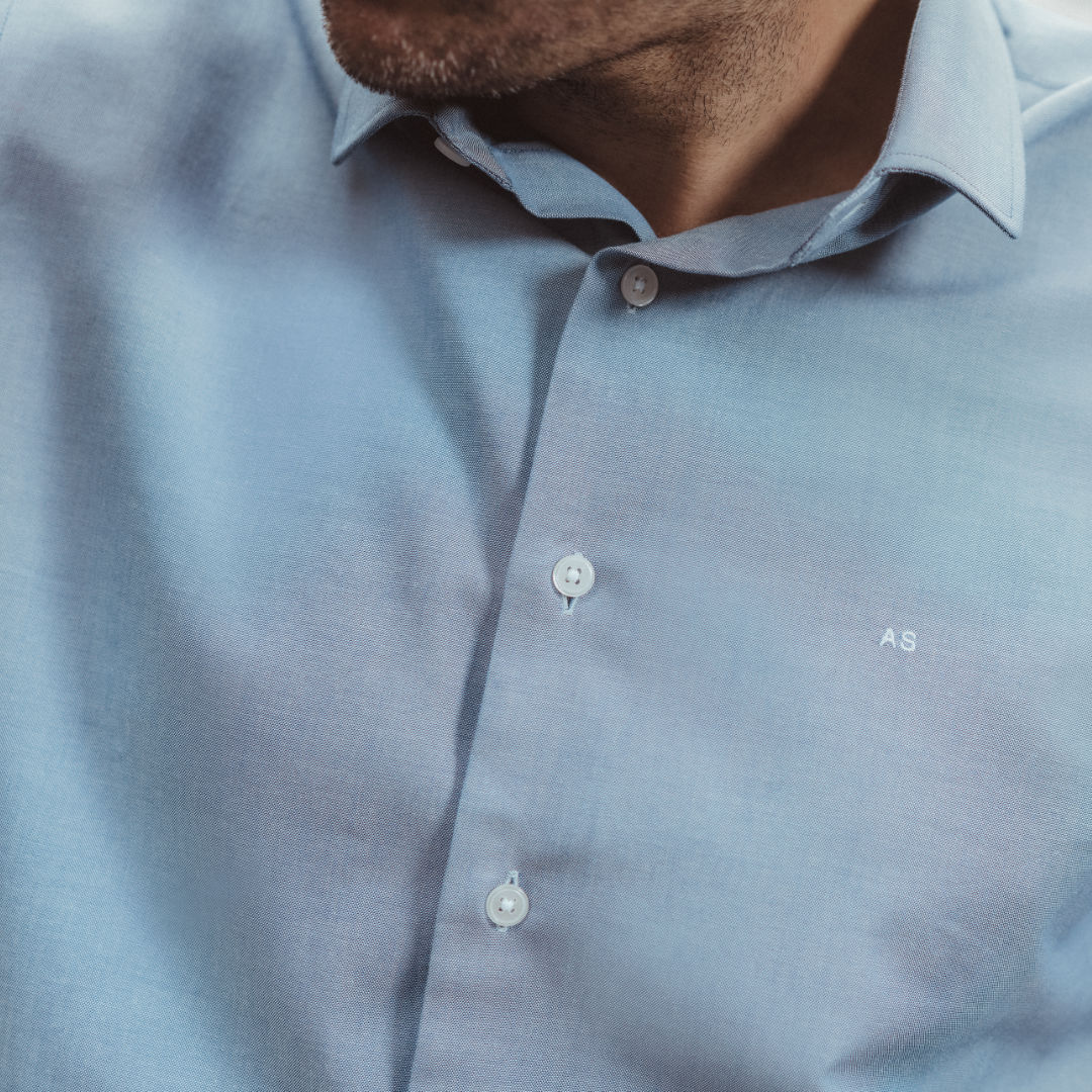 chemise homme sur mesure initiales